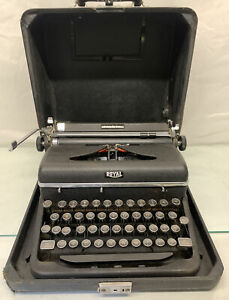 ROYAL Quite De Luxe Typewriter in Case -   Perfect Working Condition !!!!!!