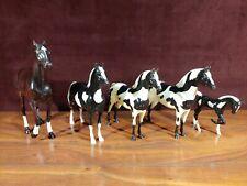 Vintage Hartland Plastics Toy Horse Family-Stallions, Mares, & Foal 00000216