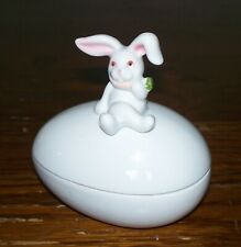 Vintage Fitz & Floyd White Ceramic Easter Bunny Rabbit Sitting Egg Trinket Box