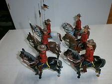 Konvolut 6 Mountys Mountieparade Canadier Polizei Reiter Hausser Elastolin 10cm