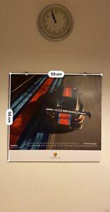 Porsche Kalender 2020 mit Medaille