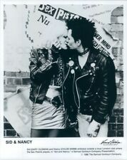 1986 Press Photo Gary Oldman Chloe Webb Kiss Sid & Nancy Sex Pistols Punk