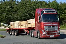 Truck Photos TS Transport Volvo FH & loaded flatbed SV20 MWM