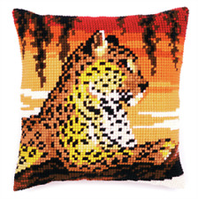Leopard - Large Holed Printed Tapestry Canvas Cushion Kit - Chunky Cross Stitch