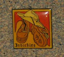D23 PINBACK PIN  MOVIE FILM ACTOR SINGER GROUPE INDOCHINE