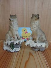 "WOLF FIGURINE Set of 2 Gray Brown on Snowy Rocks Cliff 6"" Resin"