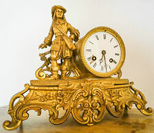 Jolie pendule en bronze doré, époque Napoléon III, état de marche.