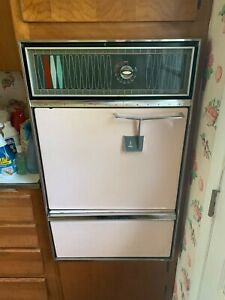 Vintage 1960's Pink Caloric Ultramatic Wall Oven- Working Condition