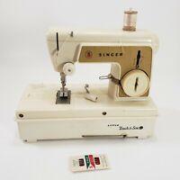 Singer Sewing Machine Little Touch & Sew Child Junior w Case NEEDS REPAIRS USA