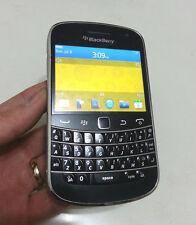 BLACKBERRY BOLD 9900 - 8GB - Black+ (UNLOCKED) + ON SALE !!!