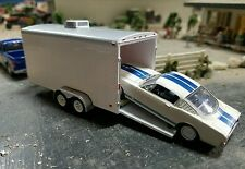 GREENLIGHT enclosed trailer farm diorama car hauler Hitch and tow 4x4 truck dcp
