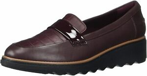 Clarks Women's Collection Sharon Gracie Leather Slip-On Loafer Size 7W Burgundy