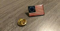 BETSY ROSS 1776 AMERICAN FLAG LAPEL PIN MADE IN USA Hat Tie Tack Badge Pinback