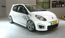 Coche de automodelismo y aeromodelismo color principal gris Renault