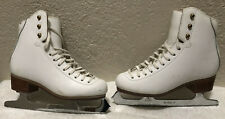 New listing Jackson Misses White Ice Skates-Size 3B-Cuir Leather-Mark Iv Blades New Defect