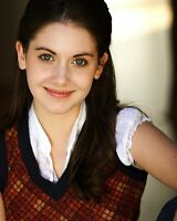 Alison Brie 8x10 Photo #1
