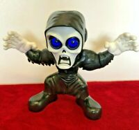 Stretch screamers Ghoul 21cm Screaming with Light up eyes