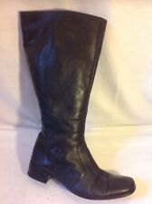 DUO Black Knee High Leather Boots Size 38M