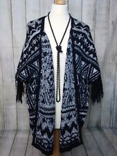 Stunning Black + White Knitted Tassled Batwing Cardigan Size S/M