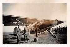 Oficial alemán al avión Fieseler Storch fi 156