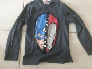 Pull T Shirt Manches Longues Garçon  8 ans  Excellent Etat avengers