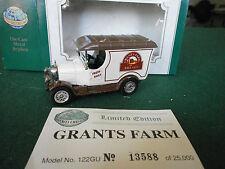 Oxford Diecast Morris Bull Nose Van with Grants Farm decals