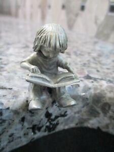 VINTAGE HUDSON PEWTER 667 GIRL SITTING READING BOOK NUMBER 667 FIGURINE