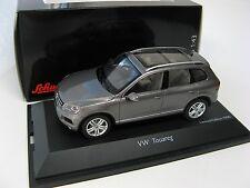 VW Touareg 2010 grey 1/43 SCHUCO