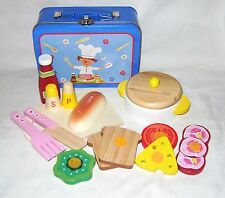 NEW WOODEN CHEF PLAY FOOD SET IN TIN CARRY CASE TRADITIONAL TOY PW