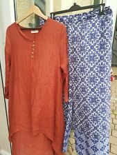 Ladies size 18 bundle. Long sleeve top and wide leg trousers
