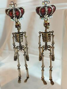 💖 BUTLER & WILSON SKELETON DANGLE DROP EARRINGS WITH CROWN - IN BOX - EXCELLENT