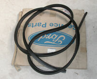 Ford Transit Double Cab 1991 To 15/08/2000 Rear Door Weatherstrip 1052679