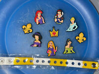 Disney Princess Lot Of 9 Shoe & Lace Adapter Charms + 1 Bracelet