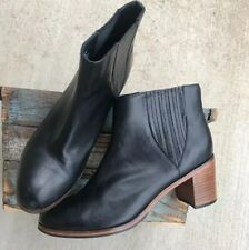 Samantha Pleet Wolverine Boots 1000 Mile Women's Black Leather 11B Ankle Shoes