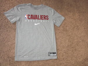 CLEVELAND CAVALIERS Nike authentics athletic dri fit shirt men's Small gray