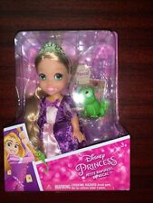 DISNEY PRINCESS COLLECTOR MINI PETITE RAPUNZEL DOLL WITH PASCAL FIGURE, NEW