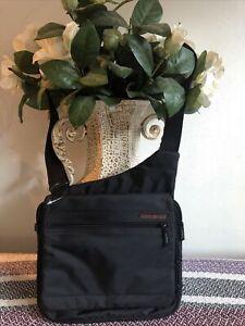 Hedgren Urban Unisex Bags / Exc Conds/ Size S/ H 24cm; W 25cm; D 3cm