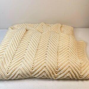 vintage blanket afghan lap throw beige cream chevron woven 36x59 chunky knit