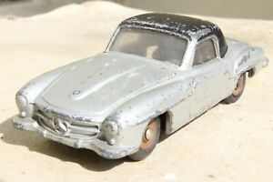 DINKY FRANCE 24H MERCEDES BENZ 190SL good condition 1950s
