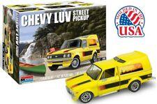Revell 1/24 Monogram 1972 Chevy LUV Sreet Pickup Cabover Model Kit 4493
