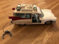 Vintage Real Ghostbusters ECTO-1 Car Kenner 1984 Ambulance Vehicle Incomplete