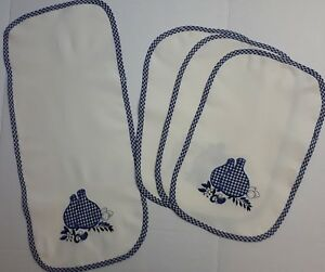 4 Piece Kitchen Table Set Place mats Runner Blue White Embroidered Portugal NEW