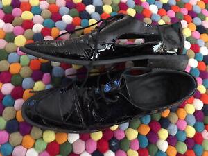 Women's *~*ELK*~*  Black Leather  Shoes   Size 39