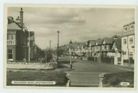 Southern Road Southbourne Dearden & Wade 468 RP Postcard, C018