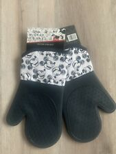 New listing mickey mouse oven mitt