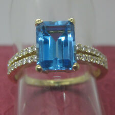 6x8mm Emerald Cut 14K 585 Yellow Gold Natural Blue Topaz and Diamond Party Ring