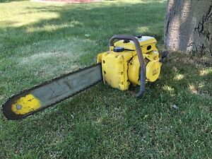 """VINTAGE COLLECTIBLE MCCULLOCH 250 CHAINSAW WITH 20"""" BAR"""