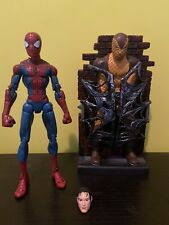spiderman classics Peter Parker Spider-Man Toybiz Marvel Legends With Base