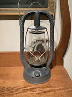 Vintage New York 1947 Dietz Monarch Kerosene Lantern Fitzall Globe S-11-47