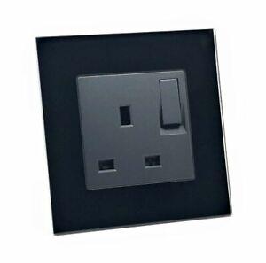 illucio Black Designer 1 Gang Switched Plug Socket